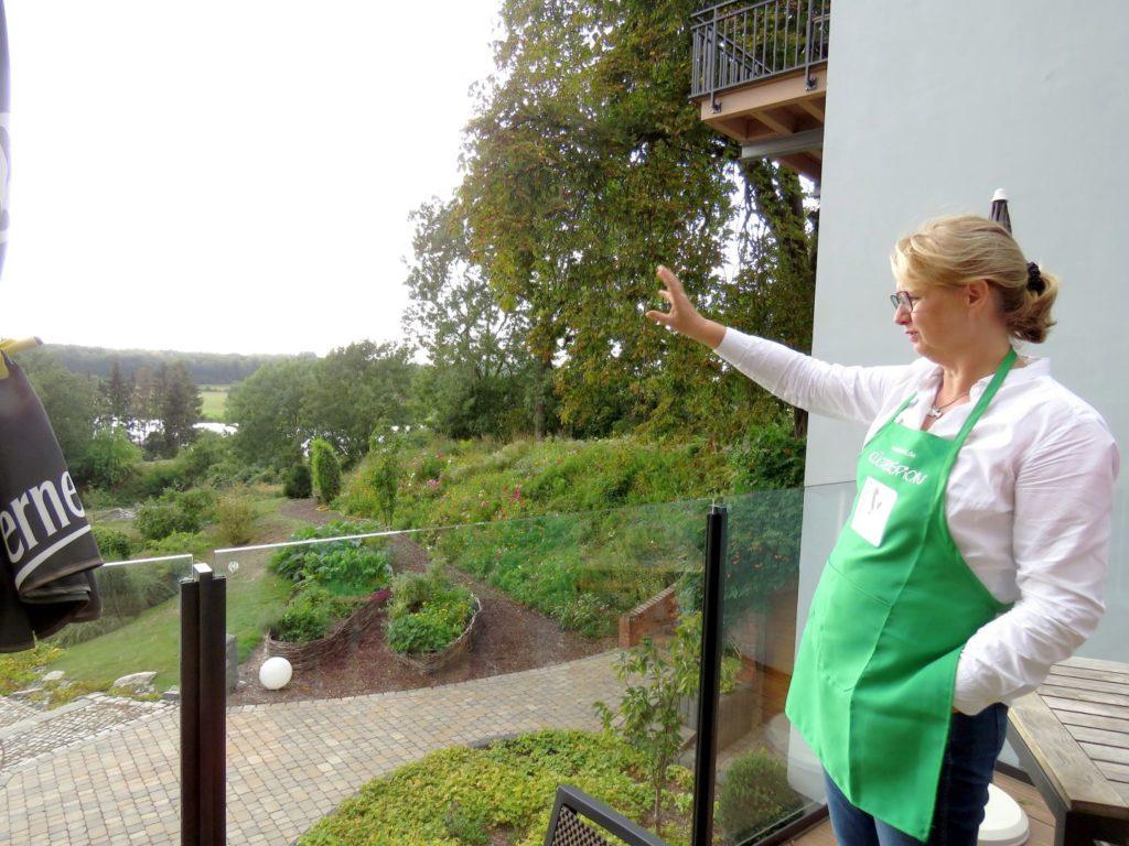 Frau Lewerken im Arthotel Kiebitzberg