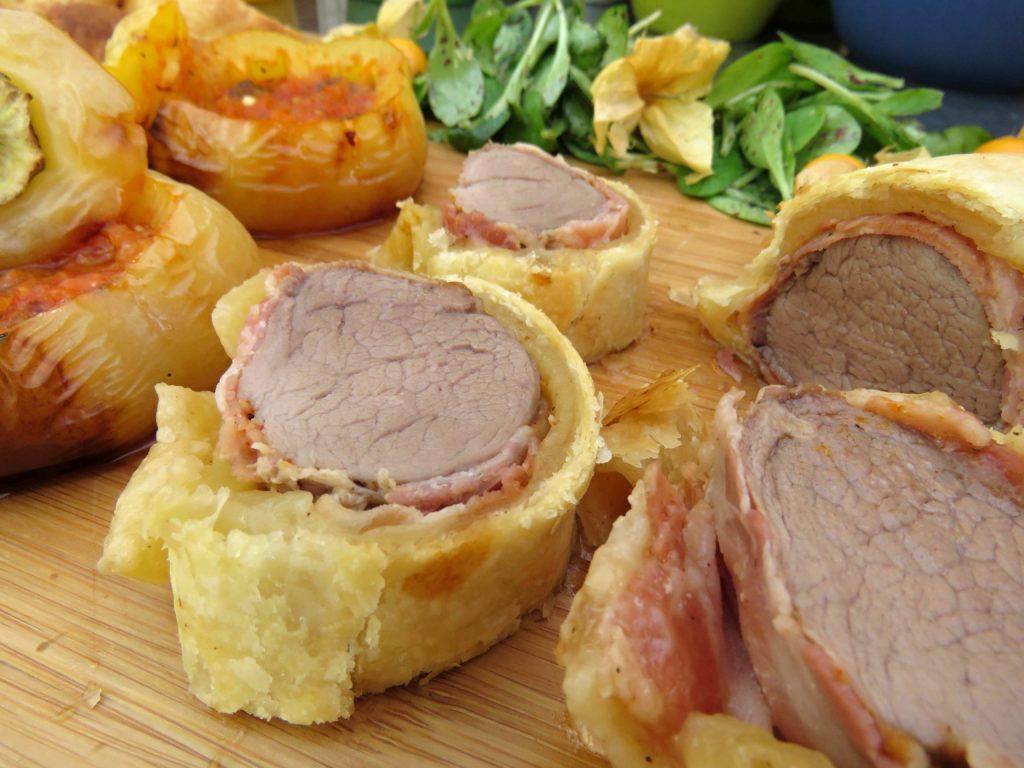Iberico Schweinefilet im Blätterteig-Bacon-Mantel