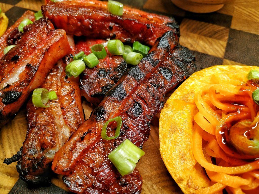 Thailändischer Roter Schweinebauch - Kao Moo Dang