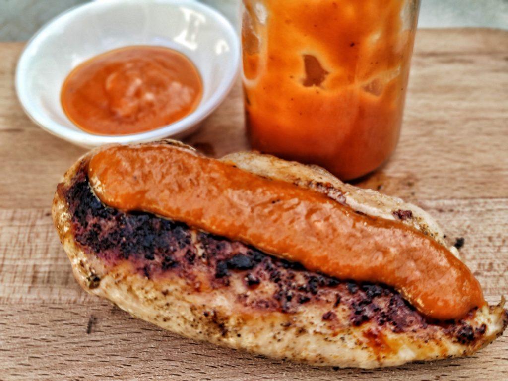 Rhaberbecue Sauce auf Hähnchen