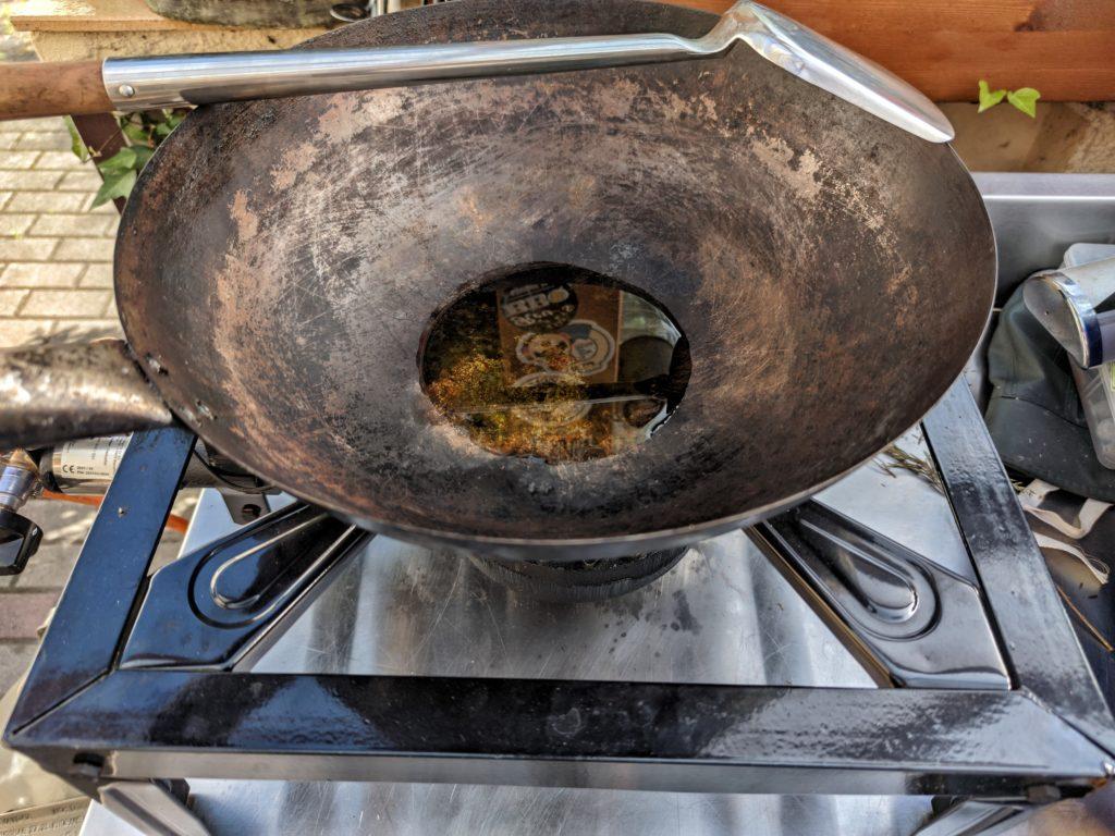 BBQ-Toro Gas Hockerkocher mit Wok