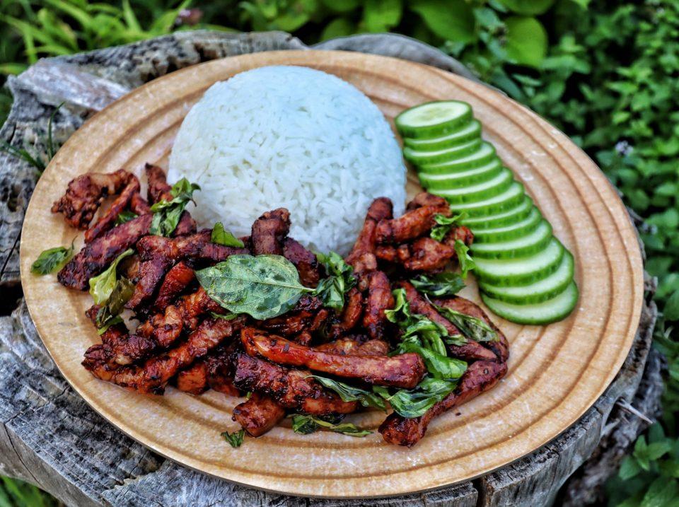 Moo Tord - frittierte Schweinenacken Streifen