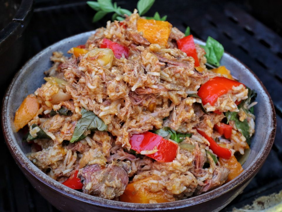 Pulled Pork Curry-Reis aus dem Dutch Oven