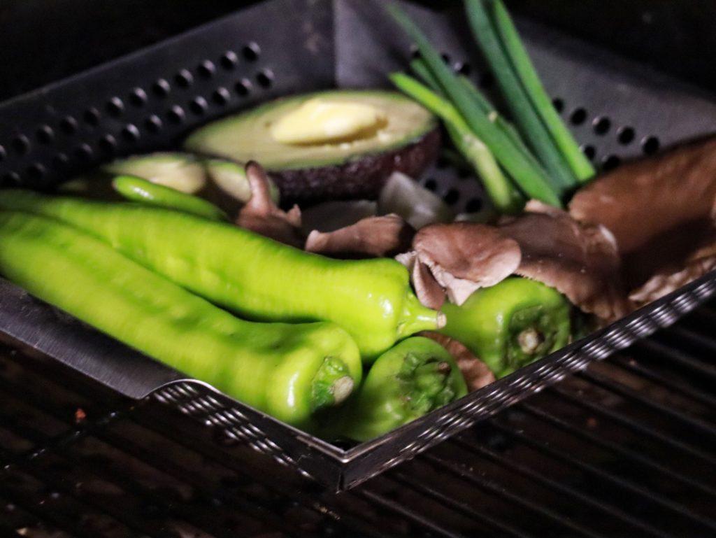 Gemüse aus dem Pellet Smoker