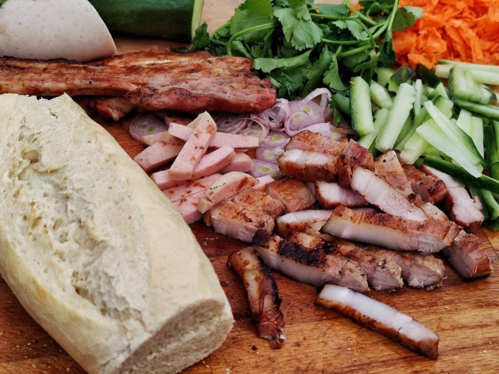 Zutaten für Banh Mi - vietnamesisches Sandwich