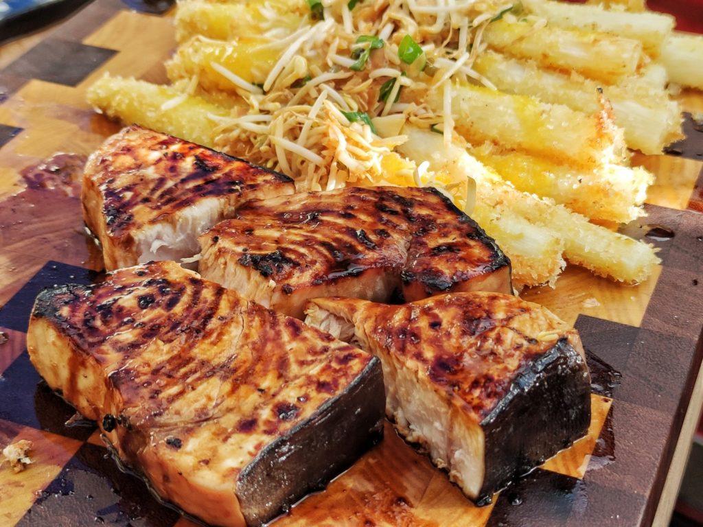 Schwertfischfilet japanisch mit Spargel Katsu