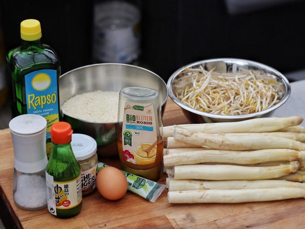 Zutaten für Spargel Katsu mit Honig-Wasabi-Mayonnaise