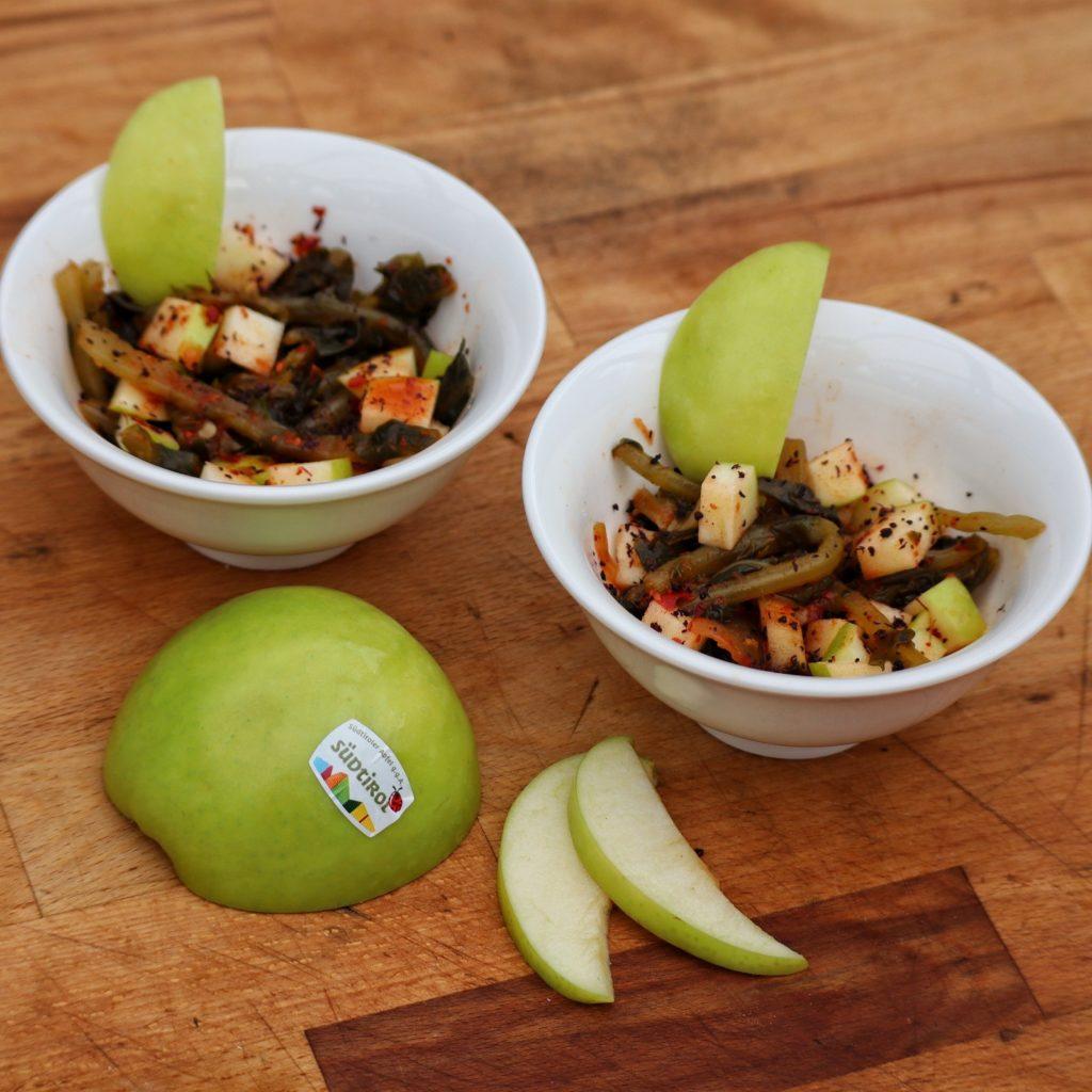 Südtiroler Apfel g.g.A. Granny Smith an Kimchi